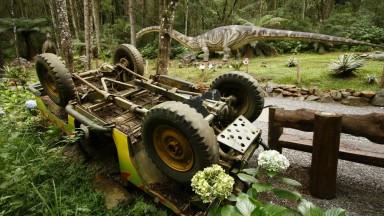 Começa a construção do Vale dos Dinossauros em Olímpia
