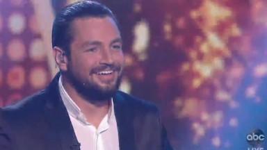 Sem glamour, Chayce Beckham vence a 19ª temporada do American Idol